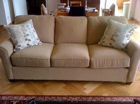 New couch! Ta da!